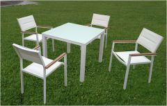 Madagascar 4 Seater Dining set